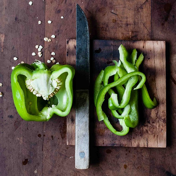 Green Bell Peppers (One peck box)